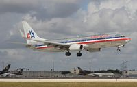 N925AN @ MIA - American - by Florida Metal