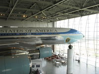 72-7000 - 1972 Boeing VC-137C AIR FORCE ONE, aka 27000, four P&W TF-33-PW-102 low bypass ratio Turbofans, 18,000 lbf st each. At Ronald Reagan Presidential Library and Museum on massive columns. - by Doug Robertson