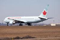 C-GEOQ @ CYYZ - Run up on 24L at Toronto Pearson - by Robert Jones