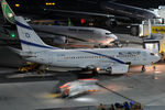 4X-EKD @ VIE - El Al - by Chris Jilli