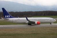 LN-RGD @ LSGG - Taxiing