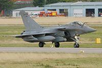19 @ LFRJ - Dassault Rafale M, Taxiing after landing rwy 26, Landivisiau Naval Air Base (LFRJ) - by Yves-Q