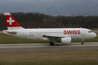 HB-IPX @ LSGG - Taxiing