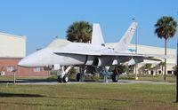 162462 @ KVQQ - F-18 Hornet