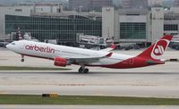 D-ALPE @ MIA - Air Berlin