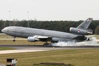 T-235 @ EHEH - smokey landing - by Jeroen Stroes