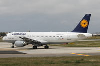D-AIZC @ LMML - A320 D-AIZC Lufthansa - by Raymond Zammit