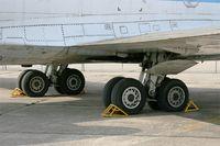 F-GCVL @ LFPB - Aerospatiale SE-210 Caravelle 12,main landing gears, Air & Space Museum Paris-Le Bourget (LFPB-LBG) - by Yves-Q