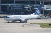 HP-1530CMP @ MIA - Copa 737-700