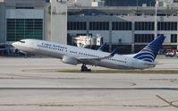 HP-1711CMP @ MIA - Copa 737-800
