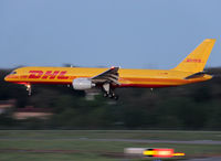 D-ALEB @ LFBO - Landing rwy 14R - by Shunn311