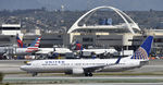 N38458 @ KLAX - Taxiing to gate
