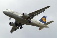 D-AILN @ EGLL - Airbus A319-114 [0700] (Lufthansa) Home~G 18/08/2014. On approach 27R.