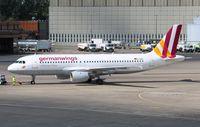 D-AIQS @ EDDT - Airbus A320
