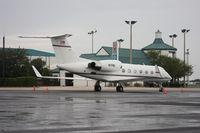 N71NE @ ORL - Gulfstream IV