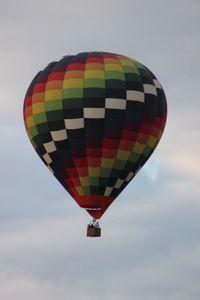 N99UM - Hot Air balloon over Reunion FL