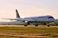 D-AIRO @ EPKK - Lufthansa
