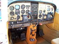 CX-PBO @ SUAA - Cabina instrumentos. - by aeronaves CX
