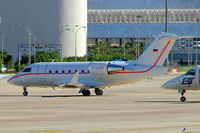 D-AHEI @ LEPA - Canadair CL.604 Challenger [5463] (Hapag-Lloyd Executive) Palma De Mallorca~EC 19/09/2004