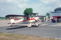 N4122N @ N87 - A classic Cessna 140 (w/wheel pants) at local Fly-in.