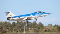 N104RB @ TIX - F-104D Starfighter