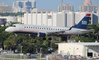 N124HQ @ FLL - US Airways E175