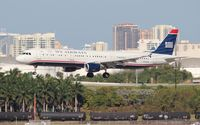 N150UW @ FLL - US Airways A321