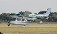 N208LB @ ORL - Cessna 208 Caravan