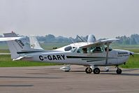 C-GARY @ CYOO - Cessna 172M Skyhawk [172-64806] Oshawa~C 25/06/2005 - by Ray Barber