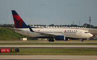 N301DQ @ ATL - Delta 737-700