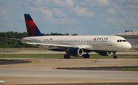 N320US @ ATL - Delta