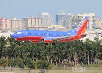 N340LV @ FLL - Southwest 737-300