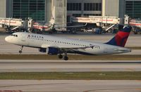 N340NW @ MIA - Delta A320