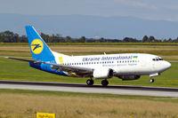 UR-GAW @ LOWW - Boeing 737-5Y0 [24898] (Ukraine International Airlines) Vienna-Schwechat~OE 13/07/2009 - by Ray Barber