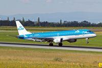 PH-EZC @ LOWW - Embraer Emb-195-100LR [19000250] (KLM cityhopper) Vienna-Schwechat~OE 13/07/2009
