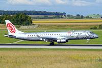 OE-IHB @ LOWW - Embraer Emb-195-100LR [19000294] (flyniki) Vienna-Schwechat~OE 13/07/2009