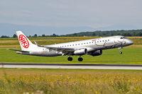 OE-IHA @ LOWW - Embraer Emb-190-100LR [19000285] (flyniki) Vienna-Schwechat~OE 13/07/2009