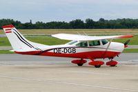 OE-DGB @ LOWW - Cessna 182P Skylane [182-61104] Vienna-Schwechat~OE 13/07/2009