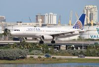 N430UA @ FLL - United A320