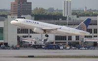 N440UA @ MIA - United A320