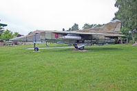 696 @ ETHT - Flugplatzmuseum Cottbus 9.6.15 - by leo larsen