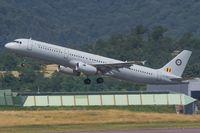 CS-TRJ @ EDDR - Airbus A321-23 - by Jerzy Maciaszek