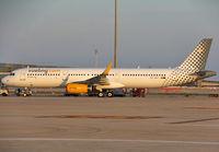 EC-MGY - A321 - Vueling