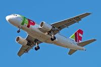 CS-TTK @ EGLL - Airbus A319-111 [1034] (TAP Portugal) Home~G 12/05/2015. On approach 27R