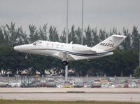 N622SL @ PBI - Citation 525