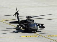 UNKNOWN @ VIE - US-Black Hawks arrived in VIE to receive fuel