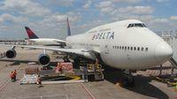 N661US @ DTW - Delta 747-400