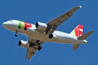 CS-TTP @ EGLL - Airbus A319-111 [1165] (TAP Portugal) Home~G 25/05/2011. On approach 27R.