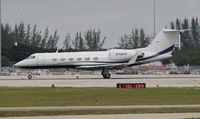 N700FS @ PBI - Gulfstream IV