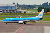 PH-BXU @ EHAM - Boeing 737-8BK [33028] KLM (Royal Dutch Airlines) Amsterdam-Schiphol~PH 06/08/2014 - by Ray Barber